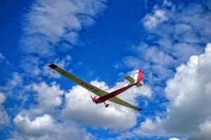 Scheibe Falke aus der Charterflotte der Flugschule Fläming Air in Berlin-Brandenburg
