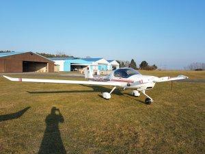 Flugzeug chartern bei der Flugschule Fläming Air - die Katana DA 20