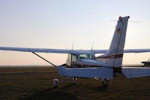 Eine Cessna C-172 chartern bei der Flugschule Fläming Air bei Berlin