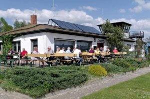 Restaurant Stolpervogel auf dem Flugplatz Oehna in Berlin-Brandenburg