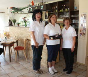 Manduela, Simone und Marina